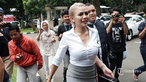 Video Lidah Nakal Vanessa Angel Dipenuhi Hujatan Netizen