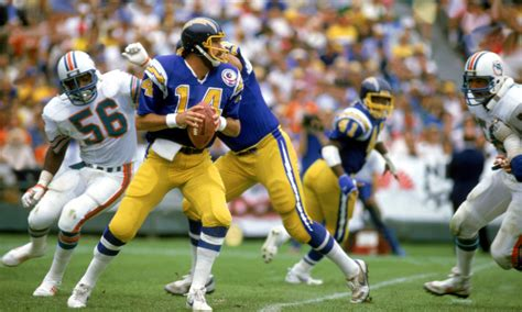 Dan Fouts Says San Diego Chargers Move Felt Like 'death In