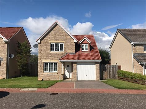 homes with detached garage 3 bed detached house with garage in inverness highland