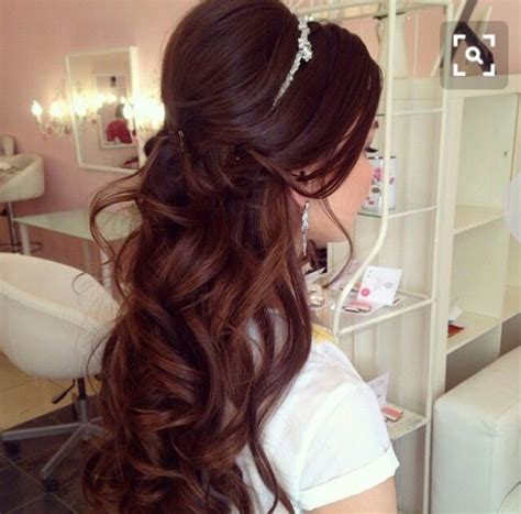 Half Up Wedding Hairstyles With Tiara by Half Up Half With Tiara Hair Styles In