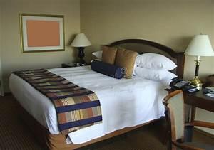 King Size Bettwäsche : king size bett mit nachttischen stockbild bild von headboard haupt 7381231 ~ Watch28wear.com Haus und Dekorationen