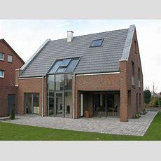 Zeitlos Elegantes Einfamilienhaus Bauemotionde