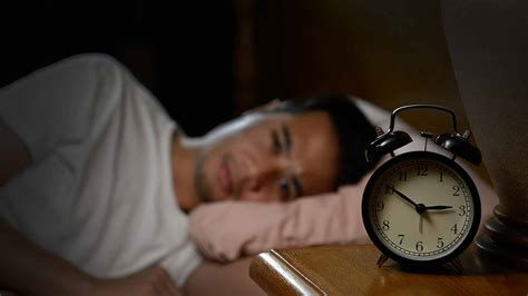 7 Best Natural Remedies & Sleep Aids To Cure Insomnia
