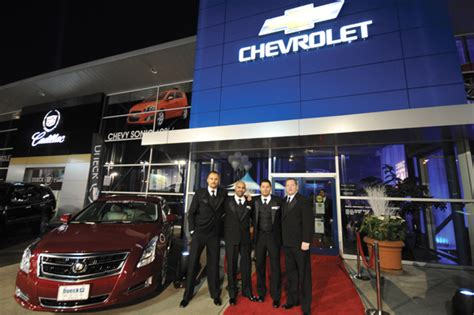 Stars Shine For Dueck On Marine's Cadillac Launch Party