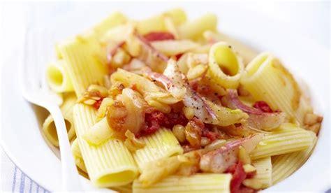 cuisiner des rougets recette rigatoni du golfe de naples au pistou de rougets