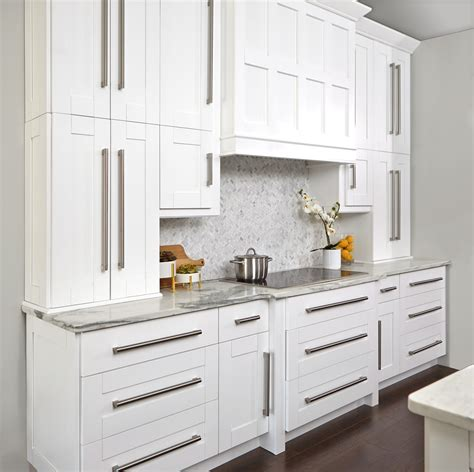 simply white kitchen cabinets gallery innovation cabinetry 5251