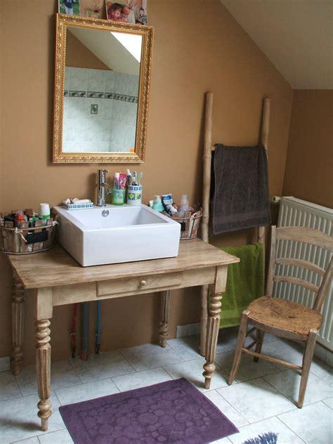 chaise de bureau anglais bureau ancien patine détourné en meuble vasque de salle