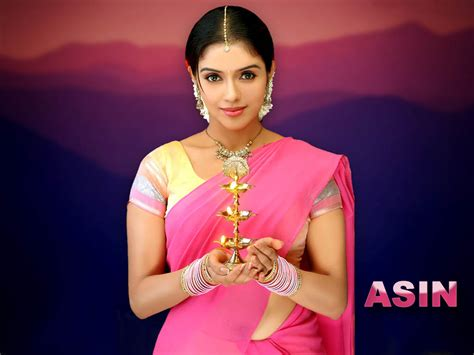 Actress Wallpapers For Mobile