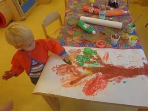 Bastelideen Sommer Kindergarten : basteln in der kita im herbst farbdruck familien in findorff e v ~ Frokenaadalensverden.com Haus und Dekorationen