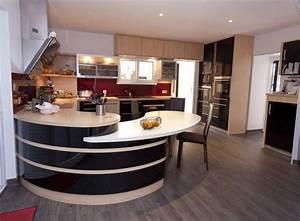 cuisine caradec modele verdi moderne cuisines amenagees With plan de maison design 9 renovation cuisine contemporaine et douce dans maison