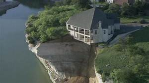 Luxury home teeters on collapsing cliff in Texas