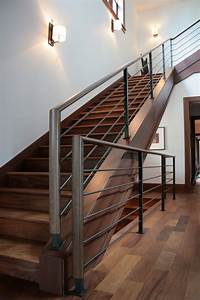 awesome rampe moderne d escalier images amazing house With modele de maison en l 14 escalier suspendu design escalier contemporain modale nova