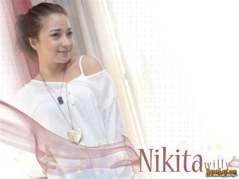 Kapanlagi Wallpaper Nikita Willy