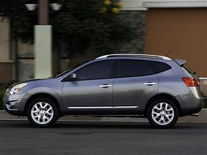 2011 Nissan Rogue Car Photos