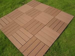 Bois Composite Pour Terrasse : dalles en bois composite dalle terrasses bois maison begge ~ Edinachiropracticcenter.com Idées de Décoration