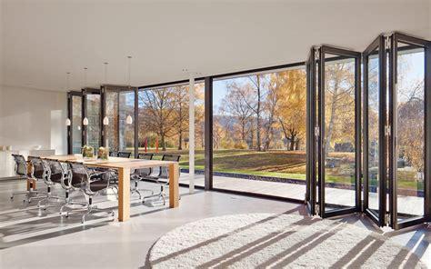 Glas Falttüren Wintergarten by Faltwand Und Faltt 252 Ren Aus Glas Aluminium Und Holz