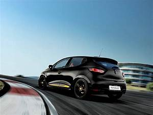 Renault Clio Rs 18 : 2018 renault clio rs 18 revealed with an f1 connection drive arabia ~ Nature-et-papiers.com Idées de Décoration