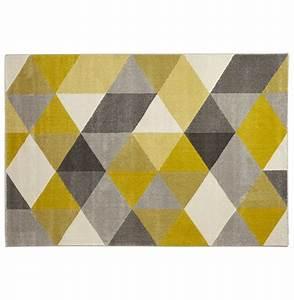 Tapis Jaune Et Noir : tapis design grafik grand tapis de salon aux tons jaunes ~ Teatrodelosmanantiales.com Idées de Décoration