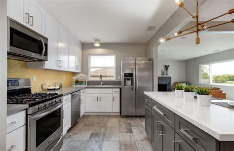 white kitchen cabinets with white quartz countertops 27 beautiful white contemporary kitchen designs 2216