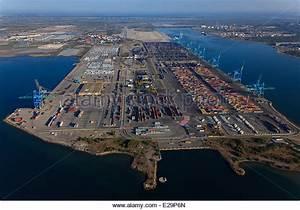Meteo France Fos Sur Mer : fos sur mer port stock photos fos sur mer port stock images alamy ~ Medecine-chirurgie-esthetiques.com Avis de Voitures