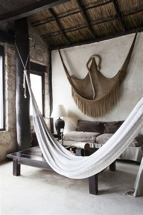 How To Hang A Hammock On An Apartment Balcony by Idea To Hang A Hammock Apartment34