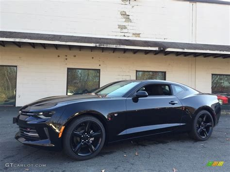 And Black Camaro by 2017 Black Chevrolet Camaro Lt Coupe 117090976 Gtcarlot