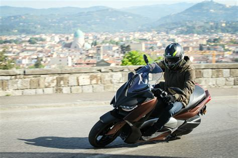 Piaggio Beverly 4k Wallpapers by Page Visordown