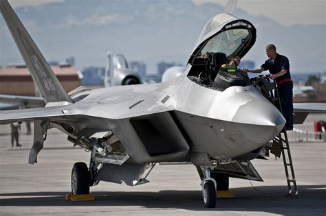 Is India Getting Ready to Build Its Own Stealth Fighter ...