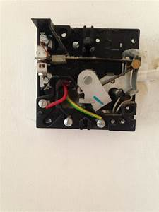 Replacing A Heating Thermostat