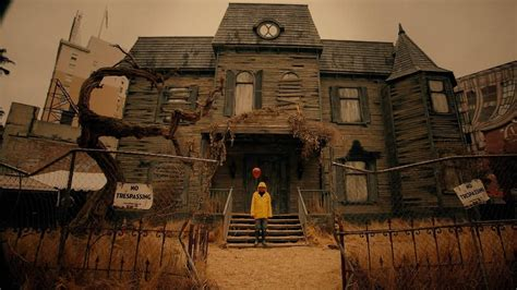 This 'it'-inspired Haunted House Will Terrify You