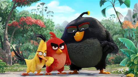 wallpaper chuck red bomb angry birds  movies