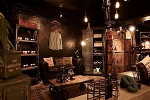 Industrial Style Shop : wudai shiguo store hong kong store design youtube downloader shop interior pinterest ~ Frokenaadalensverden.com Haus und Dekorationen