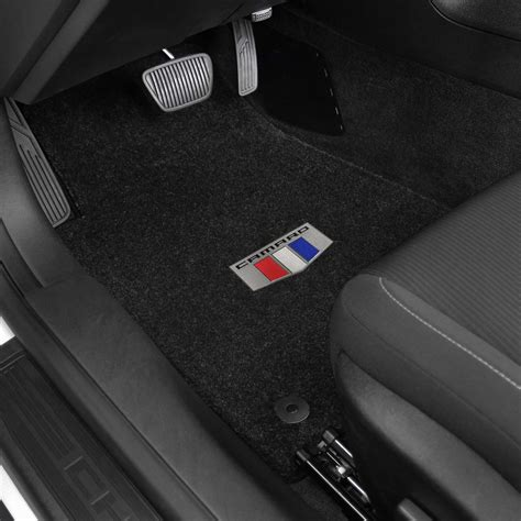 camaro floor mats 2016 2018 chevrolet camaro shield logo lloyd ultimat 2