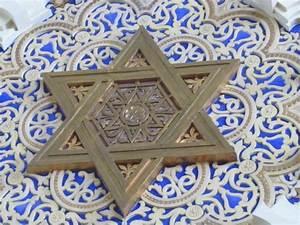 Do Christians Practice Judaism? | Morning Meditations