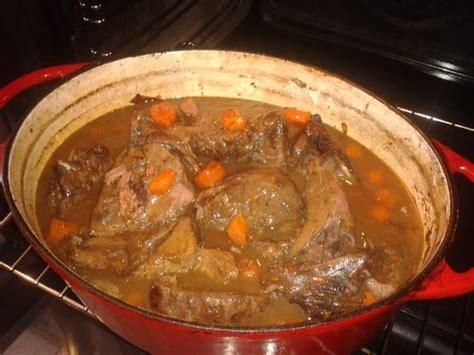 cuisiner du cerf recettes pour cuisiner le cuissot de cerf les recettes