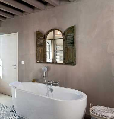 enduit mur salle de bain relooker sa salle de bain avec du b 233 ton min 233 ral c est top d 233 co