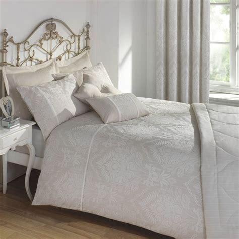 literie haut de gamme literie haut de gamme pour recouvrir le lit avec style