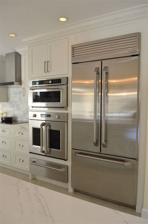 Kitchen Appliance Layouts by White Kitchen With Driftwood Peninsula Home Bunch