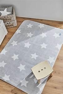 Teppich Im Babyzimmer : kinderteppich sterne grau ~ Markanthonyermac.com Haus und Dekorationen