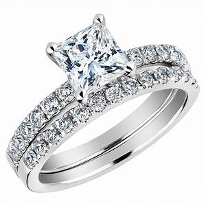 Princess cut diamond wedding rings wowing your fiancee for Wedding and engagement ring set