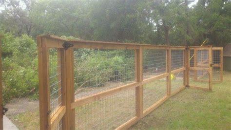 Bull Panel Hog Panel Cedar Fence.jpg 600×338 Pixels