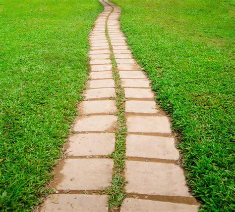 define flagstone 65 walkway ideas designs brick flagstone wood