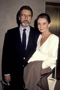 Audrey Hepburn Height Weight Body Statistics Biography ...