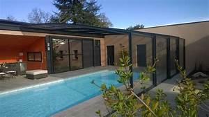 abri de piscine adosse ou accole fabricant azencoo With piscine sous terrasse amovible 1 la terrasse mobile de piscine notre avis