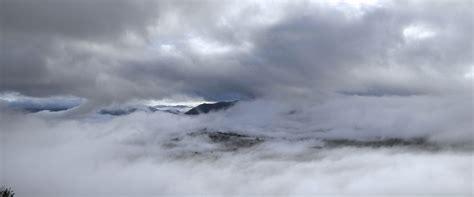 File:Mist-panorama.jpg - Wikimedia Commons