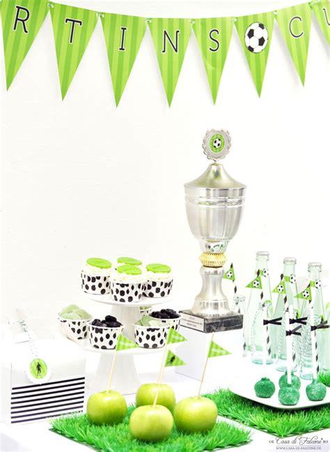 kindergeburtstag 2 jährige deko partythema quot soccer cup quot einrichten dekoration