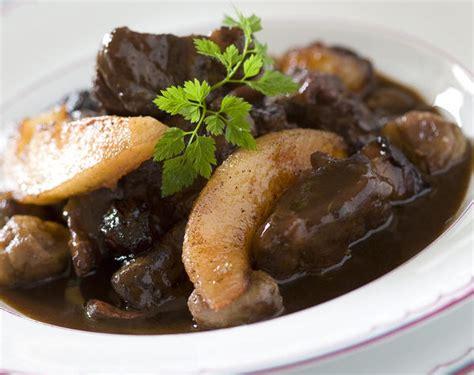 cuisine du sanglier recette caro et goulash de sanglier et ses petits légumes