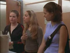 S1e05 parents day degrassi digest for Degrassi mirror in the bathroom