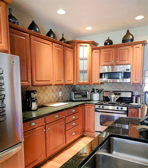 kitchen cabinets and hardware how to beautify your kitchen cabinets with new hardware