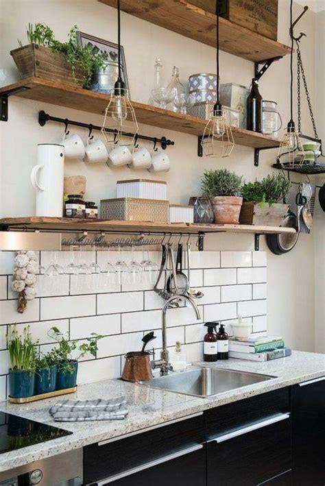 cuisine etagere murale le rangement mural comment organiser bien la cuisine